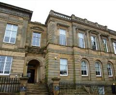 Lanark Sheriff Court © Crown copyright